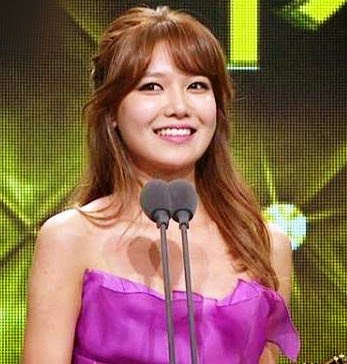 SooYoung Female Excellence Award