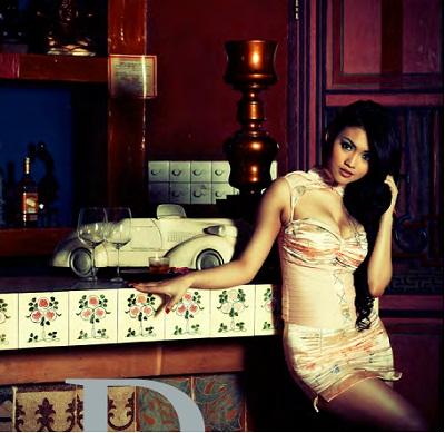 Foto seksi Putri Penelope Majalah Male