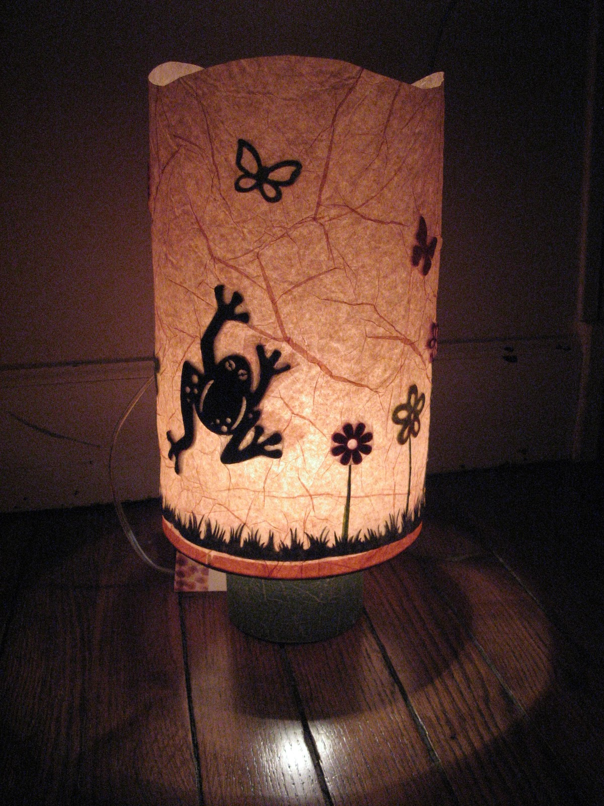 petites lampes de printemps. Black Bedroom Furniture Sets. Home Design Ideas