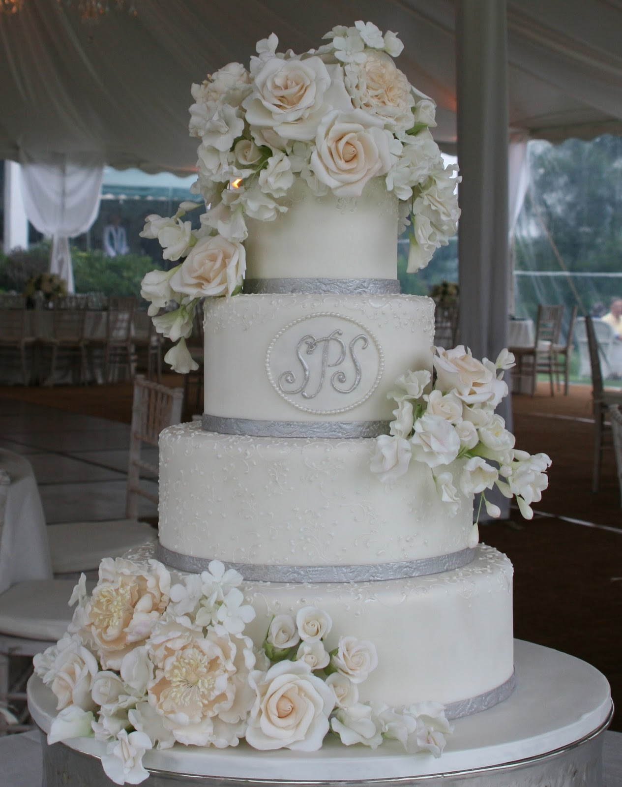 Custom Wedding Cake Lake Waramaug Country Club CT