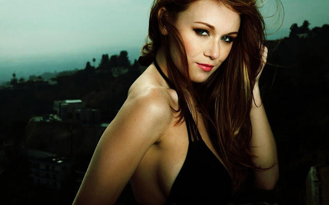 Leanna Decker Wallpaper