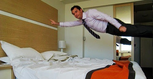 5 fun things to do in a hotel room stay