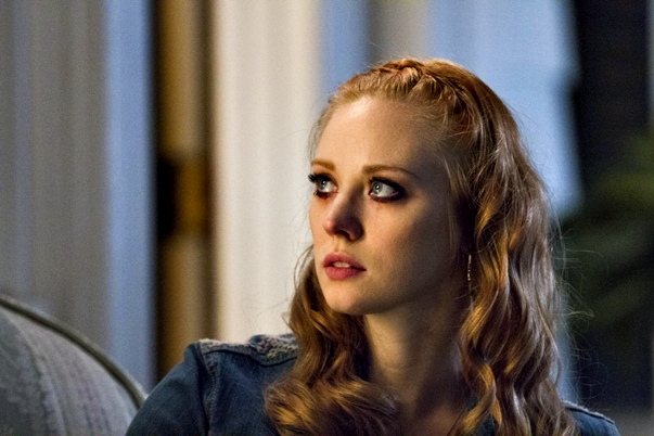 True Blood (7x01)