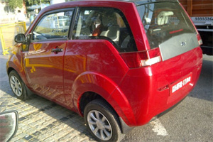 Mahindra Reva names new electric car 'Mahindra e20'