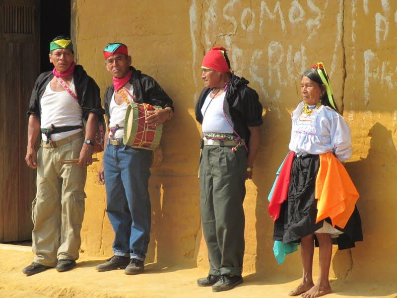 Lamas: un pueblo huraño de costumbres remotas  PERU+2010+1005