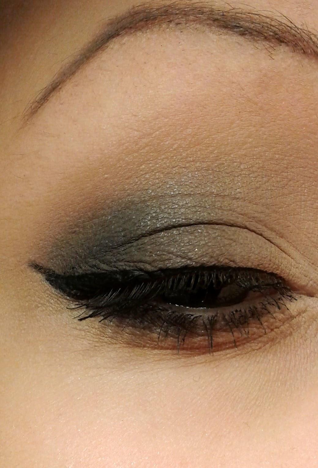Makijaż w kolorach nude - na dzień lub na wieczór