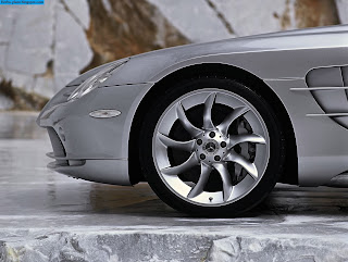 Mercedes slr amg tyres/wheel - صور اطارات مرسيدس slr amg