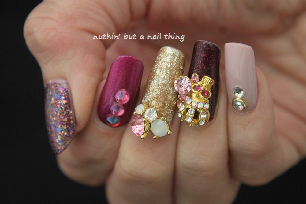 nuthin\' but a nail thing: Skull diamante nail art