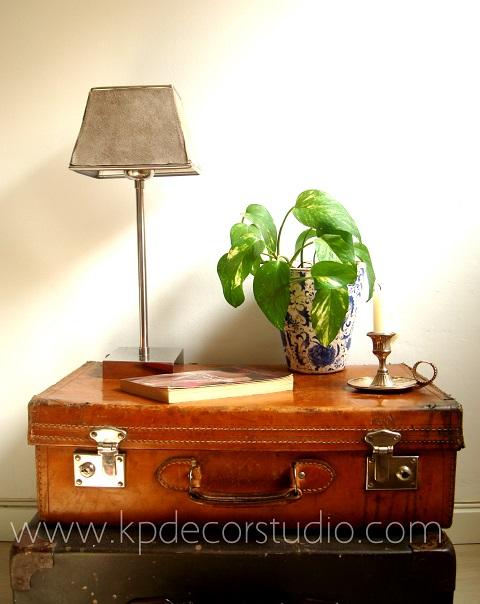 Kp tienda vintage online comprar maletas antiguas de cuero buy old leather suitcases - Mesas vintage segunda mano ...