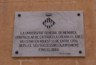 Antic òrgan de govern local de l'illa de Menorca (placa) per Teresa Grau Ros