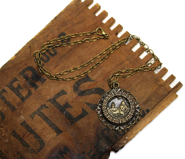 Antique Cleopatra and the Asp Necklace #cleopatra #egyptian #antique #jewelry