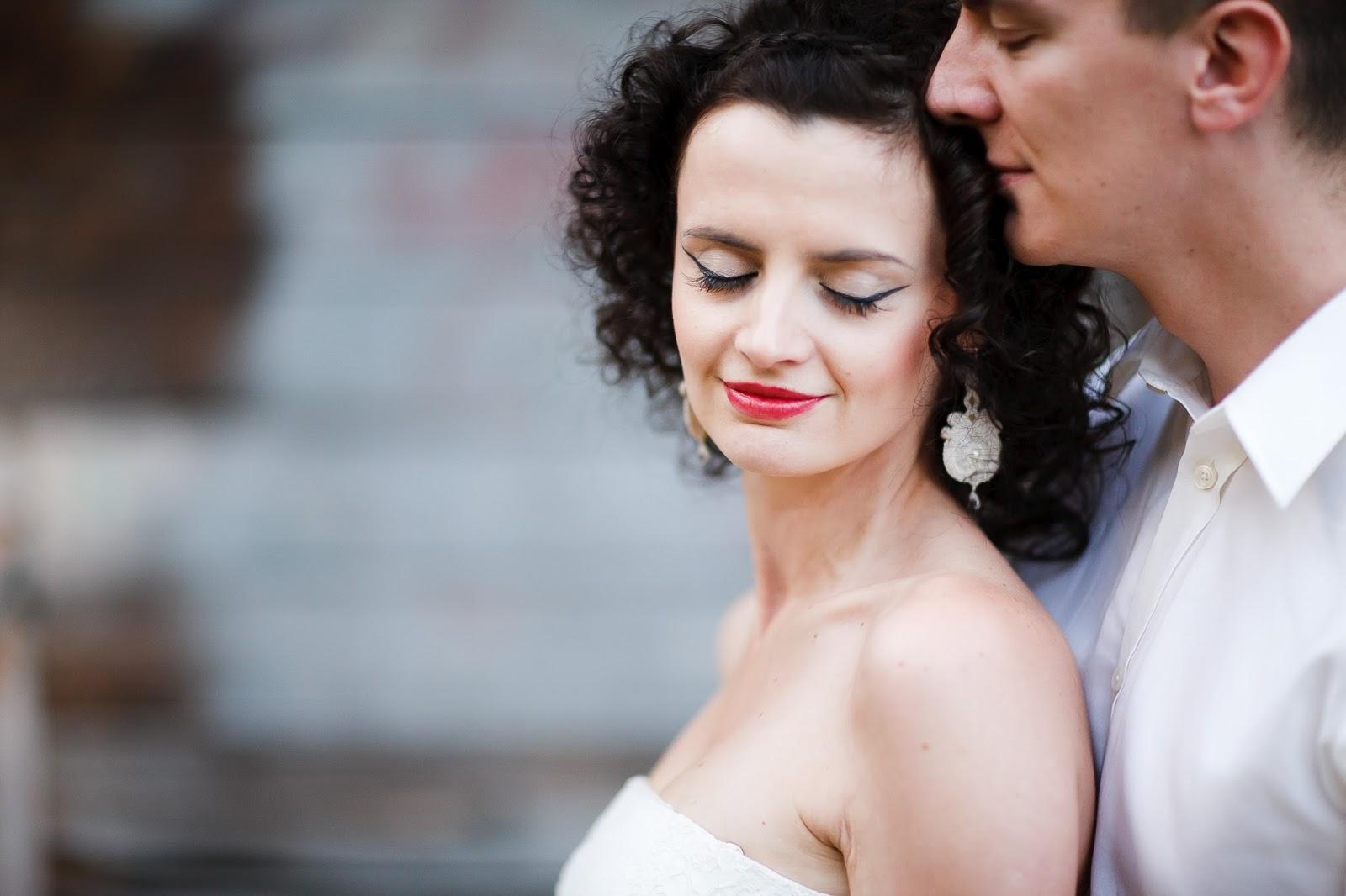 Orientalne kolczyki ślubne sutasz z perłami
