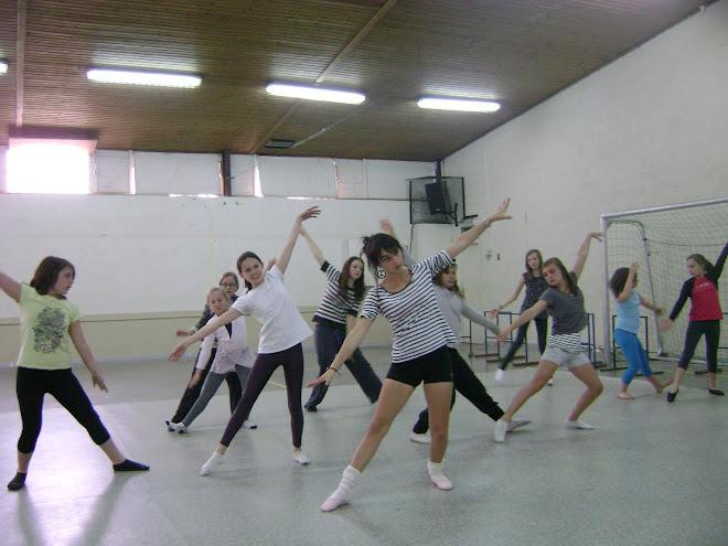 """répétition du mercredi ( le bal """"magicien d'Oz - danse ados)"""