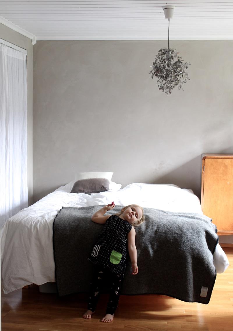 yksinkertainen Makuuhuoneen sisustus