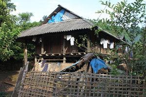 Bum Nưa village in Mường Tè