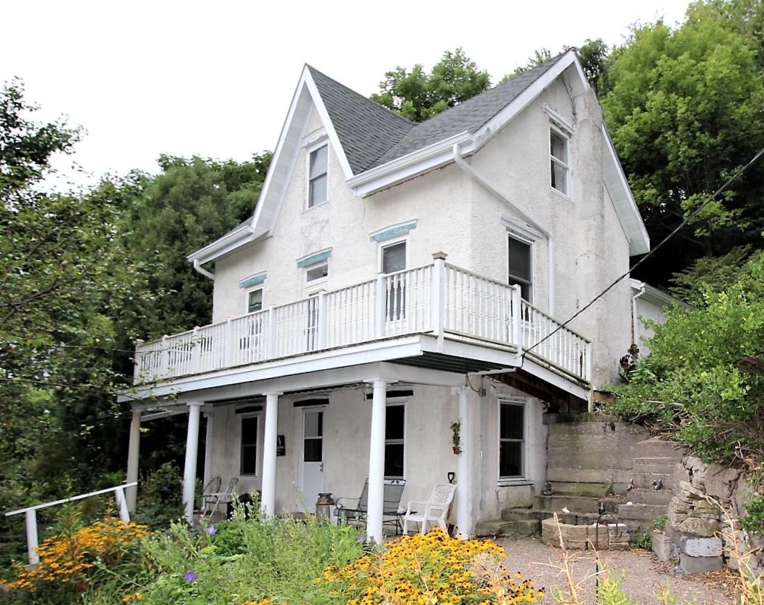 711 Dunn St., Bellevue, IA $159,500