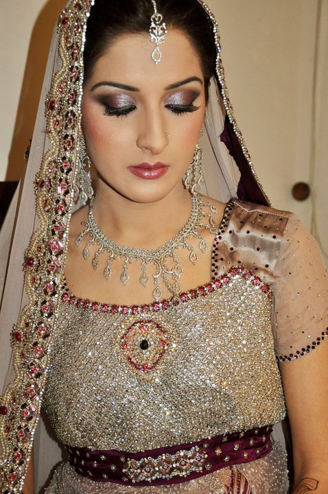 Latest-Indian-Gold-And-Bridal-Jewelry-Design