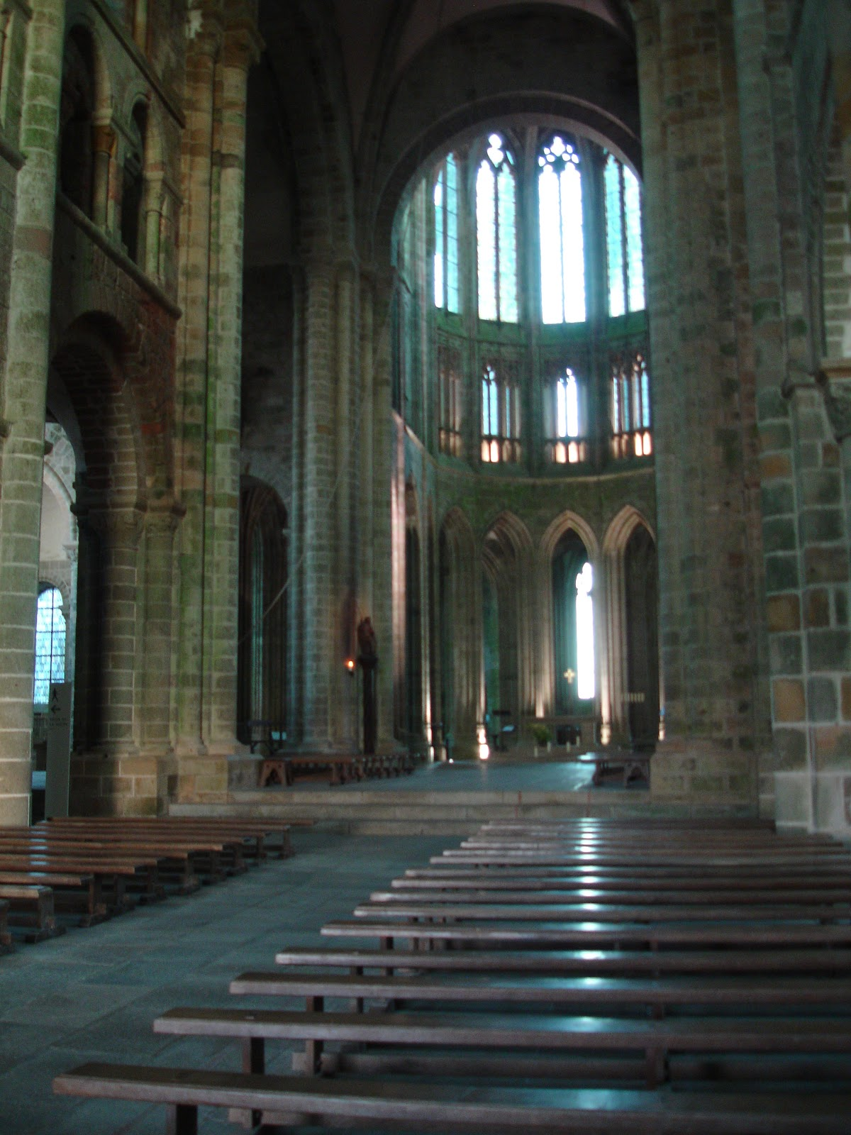 Running reading in rennes le mont saint michel revisited - Interiors rennes ...