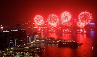 Χονγκ Κονγκ: Ίσως το καλύτερο σόου πυροτεχνημάτων στον κόσμο (Video)