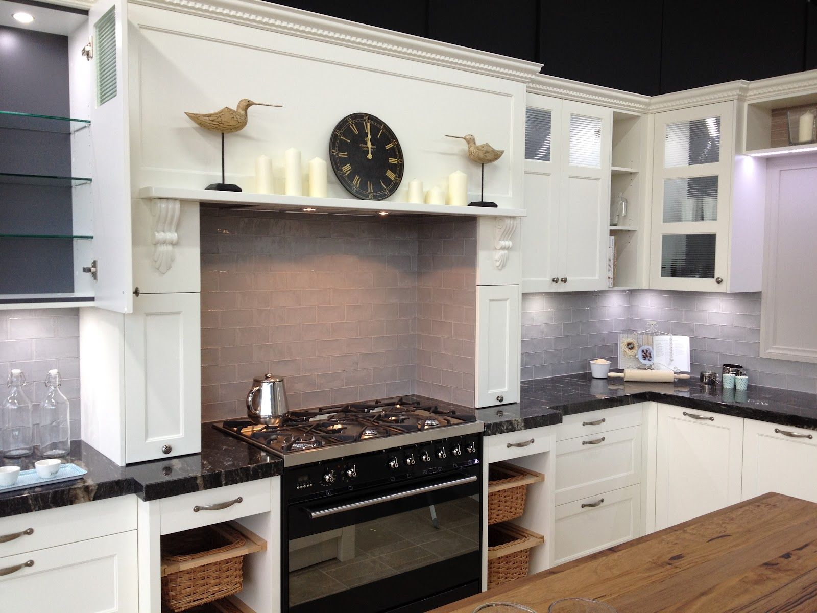 Life and style on a dime lily online magazine 39 s blog for Kitchen remodel ideas on a dime
