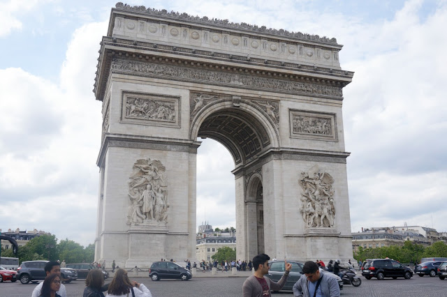Paris-arc-du-triomphe