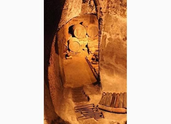 pozzo della cava orvieto wine caves