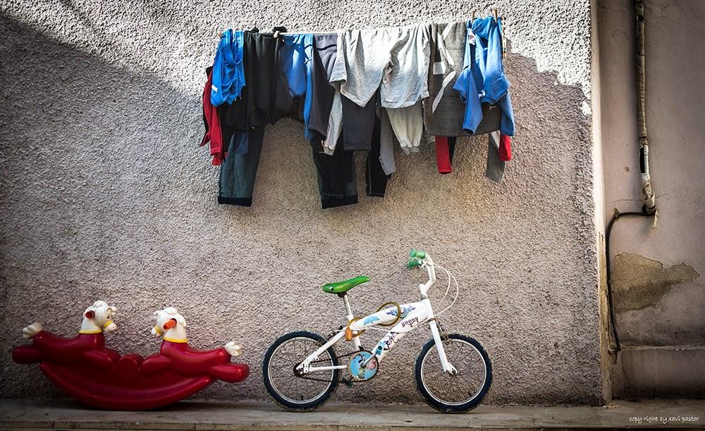 street photo, ropa, juguetes, xavi pastor