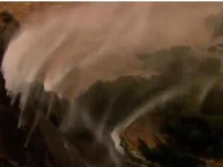 反地心引力 澳洲南部 瀑布水上飛