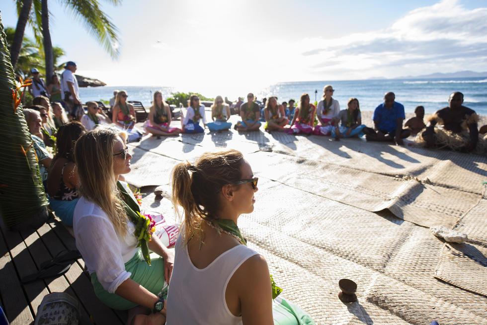 31 Opening Ceremony 2015 Fiji Womens Pro Fotos WSL Kirstin