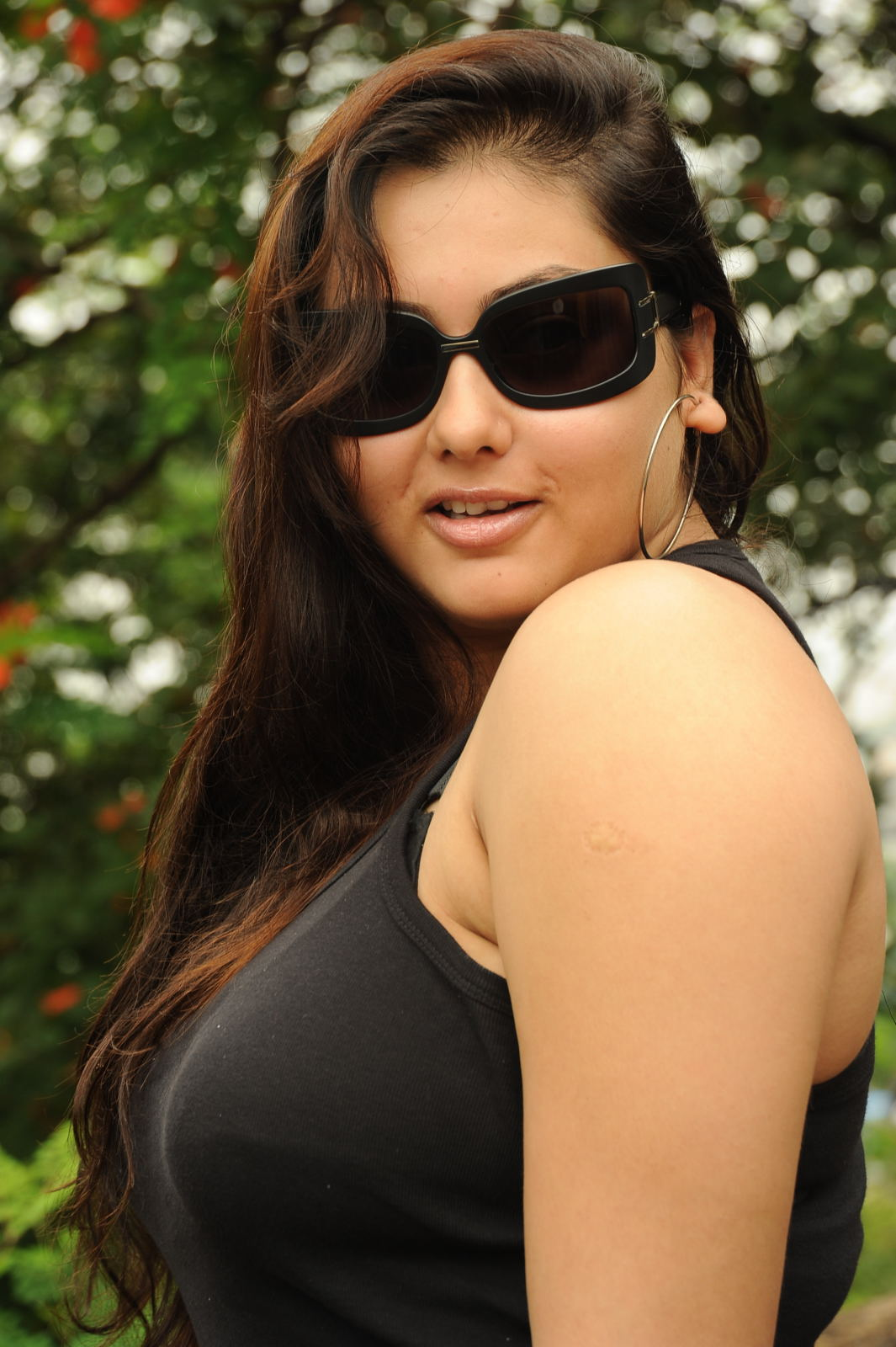 Namitha latest hot spicy photo shoot stills south actress for Latest hottest pics