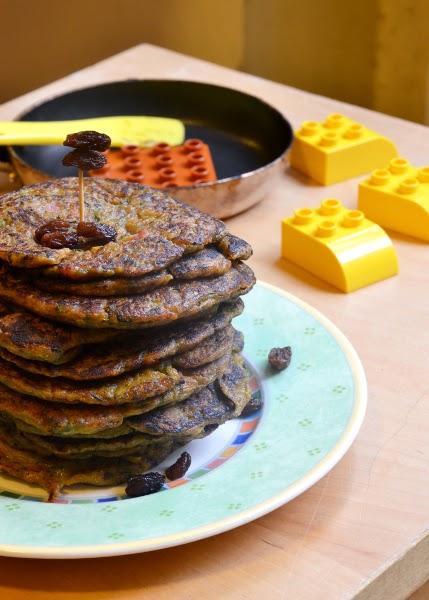 blins di zucchine e cubetti di pancetta con farina integrale