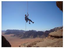 Vídeo: Escalades en el desert de Wadi Rum, Jordània.