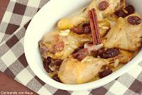 Muslos de pollo con pasas y piñones al aroma de canela