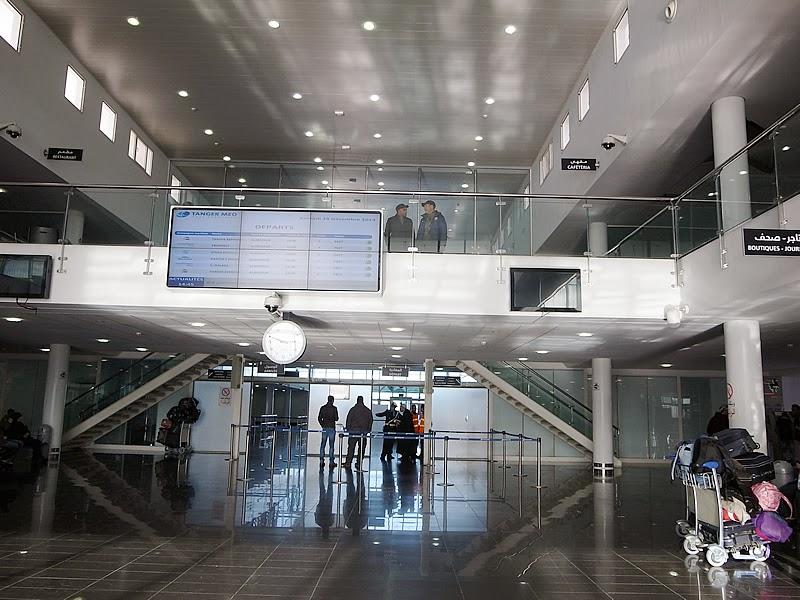 タンジェ新港ターミナル