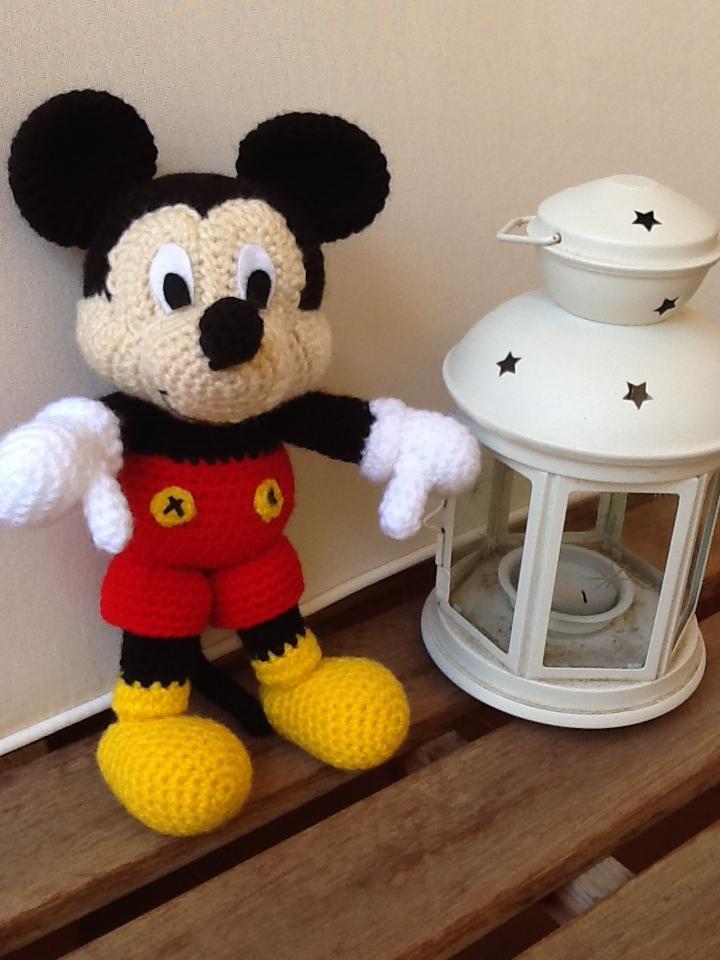 Mickey Mouse Amigurumi Mercadolibre : Sweet Dollies: AMIGURUMI MICKEY MOUSE