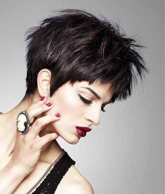 Short Choppy Hairstyles To Look Funky 9