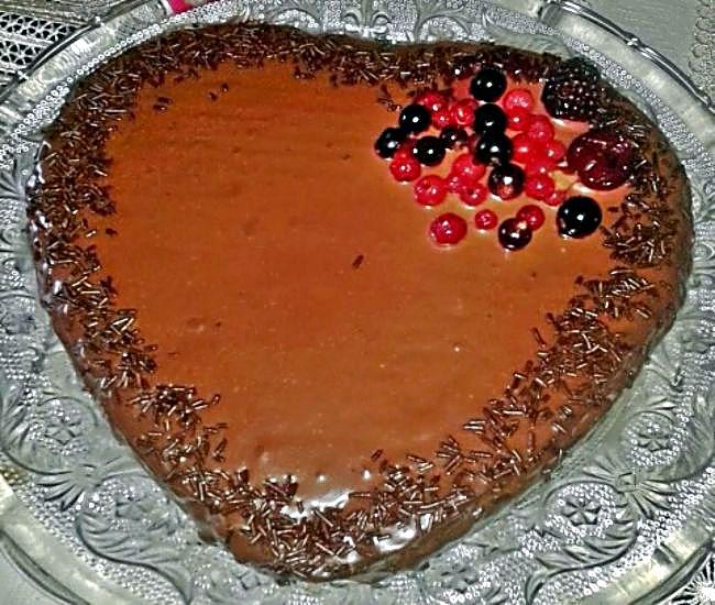 Corazón de chocolate y nueces