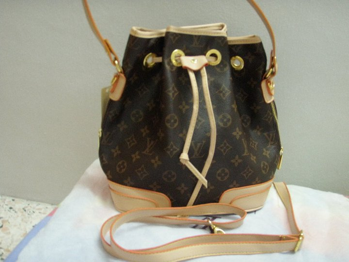 ... Tas Branded Louis Vuitton Grade A atau AA (KW) c25529ab5a