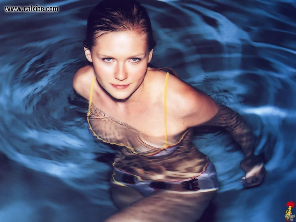 Yay or Nay Kirsten Dunst Topless
