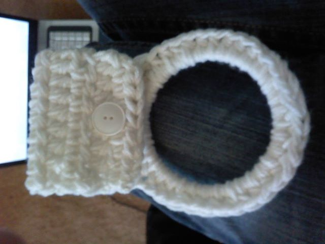 Free Crochet Patterns For Kitchen Towel Holders : The beginning in the middle.: Kitchen Towel Holder (Free ...