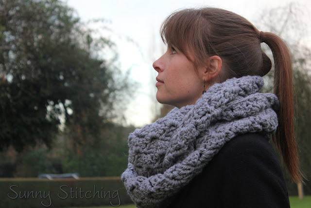 Infinty Scarf : Sunny Stitching