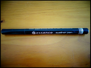 Friday Favourite #5: Essence Eyeliner Pen (Extra LongLasting)