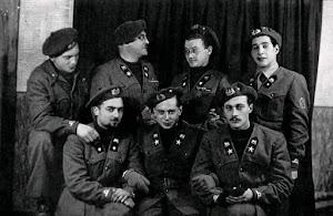 Gruppo di Ufficiali del Btg Maestrale poi Barbarigo, scattata a La Spezia nel novembre 1943.