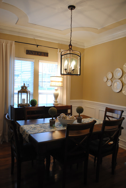 Sweet tea and southern living dining room tour for Southern dining room