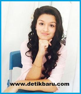 Avneet Kaur pemeran Savitri/Damyanti remaja di serial drama Savitri ANTV