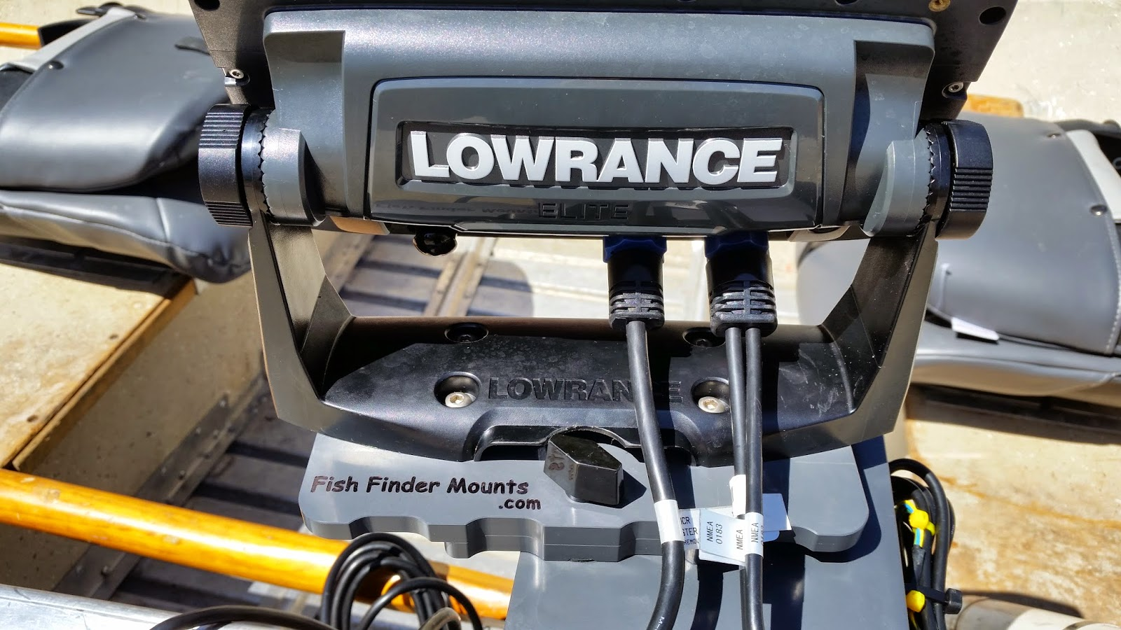 Fish finder and transducer mounting solutions a super for Lowrance hook 7 trolling motor mount