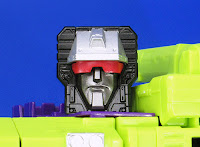 Transformers Unite Warriors UW-04 Devastar AKA Devastator official image 03