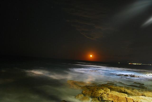 Ночное море, Херсонисос, Крит. Sea at night Hersonissos, Crete