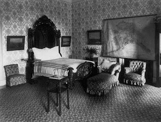 Ruang tidur lantai 2 (Second Floor Bedrooms)
