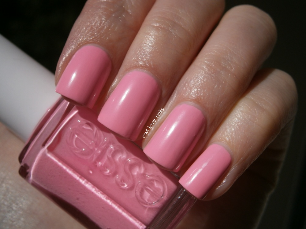 http://owllovenails.blogspot.de/2014/08/lacke-in-farbe-und-bunt-heute-rosa.html